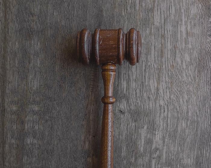avukatlar; hukuk; gayrimenkul; ticaret; iş; idare; aile; boşanma; dava; hukuku; hukuk bürosu;